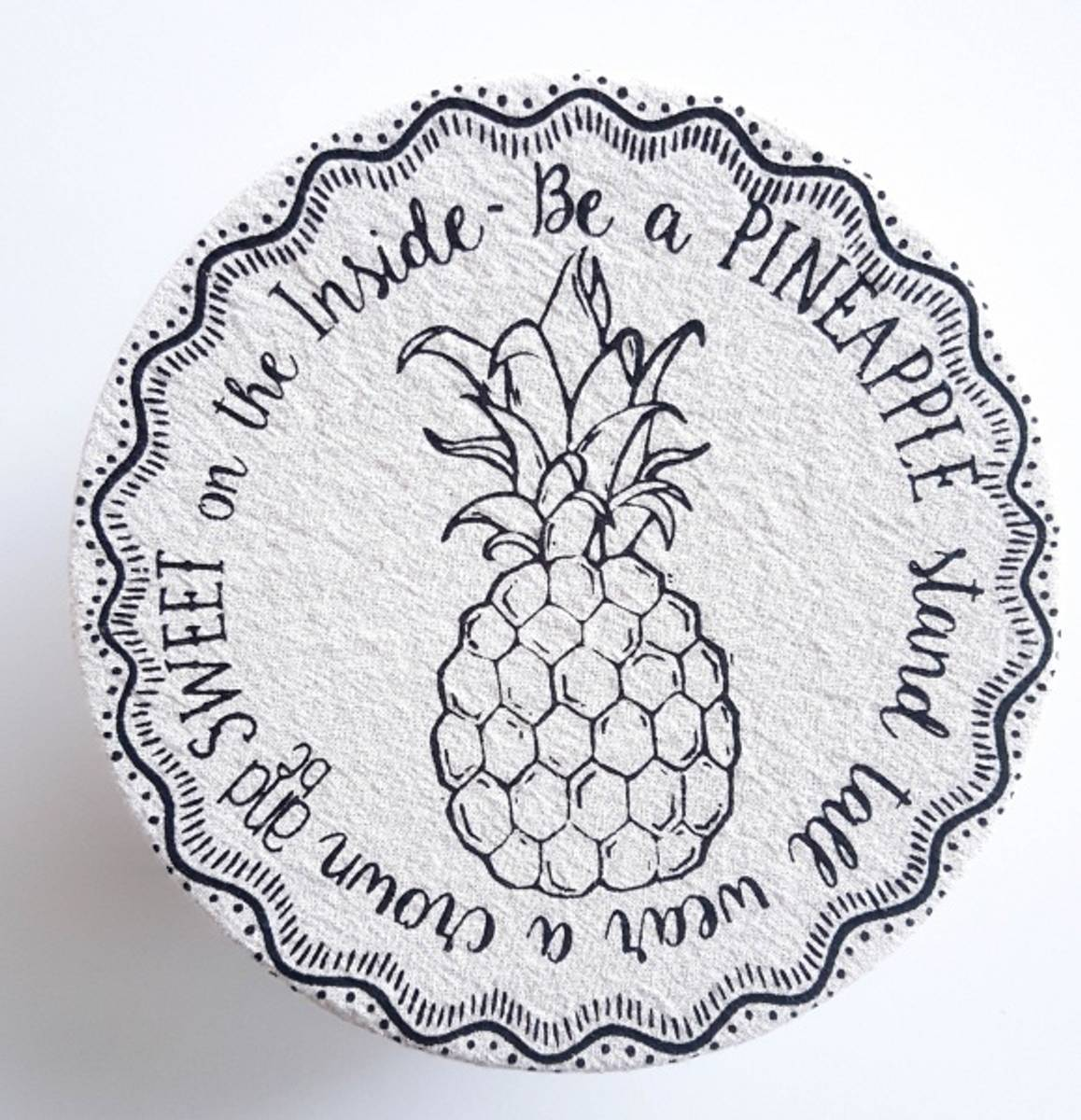 Bolletrekk str. S // Pineapple
